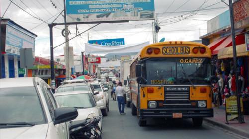 Ein ehemaliger Schulbus in Estelí.