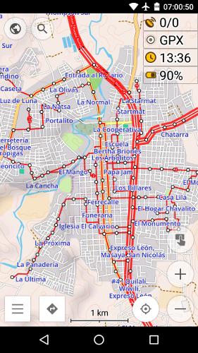 Haltestellen (runde Punkte) und Buslinien (in rot) von Estelí, bereits in OSMAnd integriert