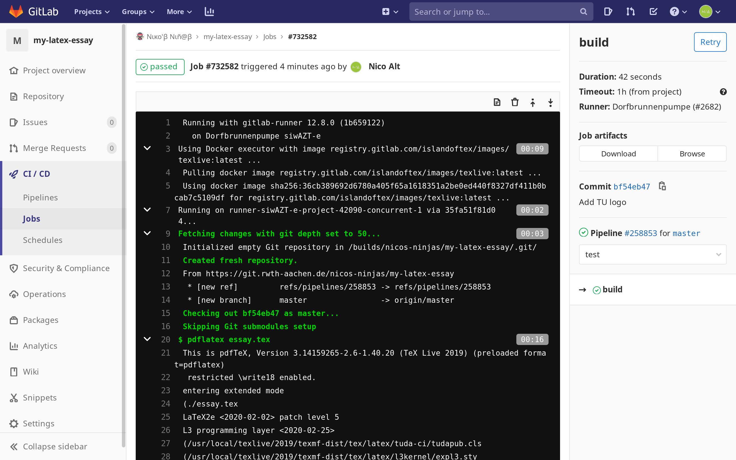 Screenshot des GitLab CI Jobs, in dem das erste PDF gebaut wurde